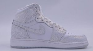 Air Jordan 1 Retro High GS Frost White