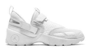 "Jordan Trunner LX ""Pure Money"""