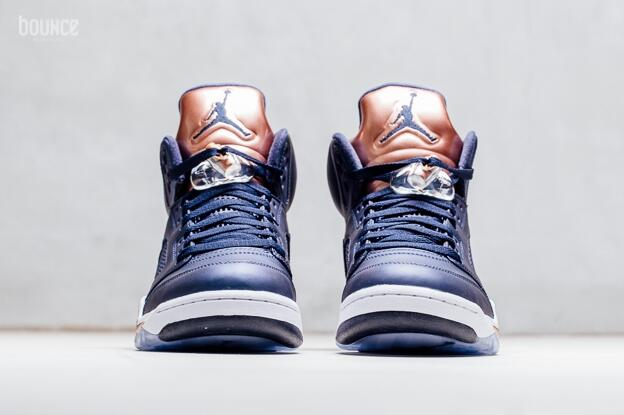 f8a764e9ea9975 Air Jordan 5 Bronze Obsidian White-Metallic Red Bronze-Bright Grape