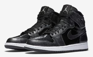 air-jordan-1-high-black-patent-leather-01