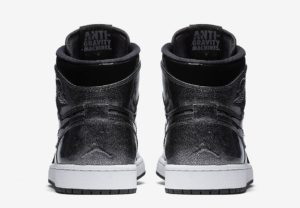 air-jordan-1-high-black-patent-leather-04